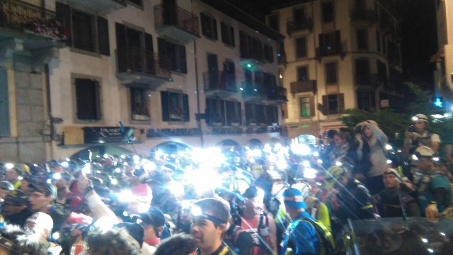MB80km start line crowd