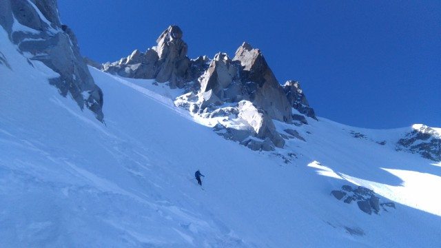 Grant on first pitch of Col du Plan